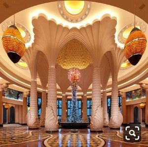 """The Palm"" in Dubai/Day"